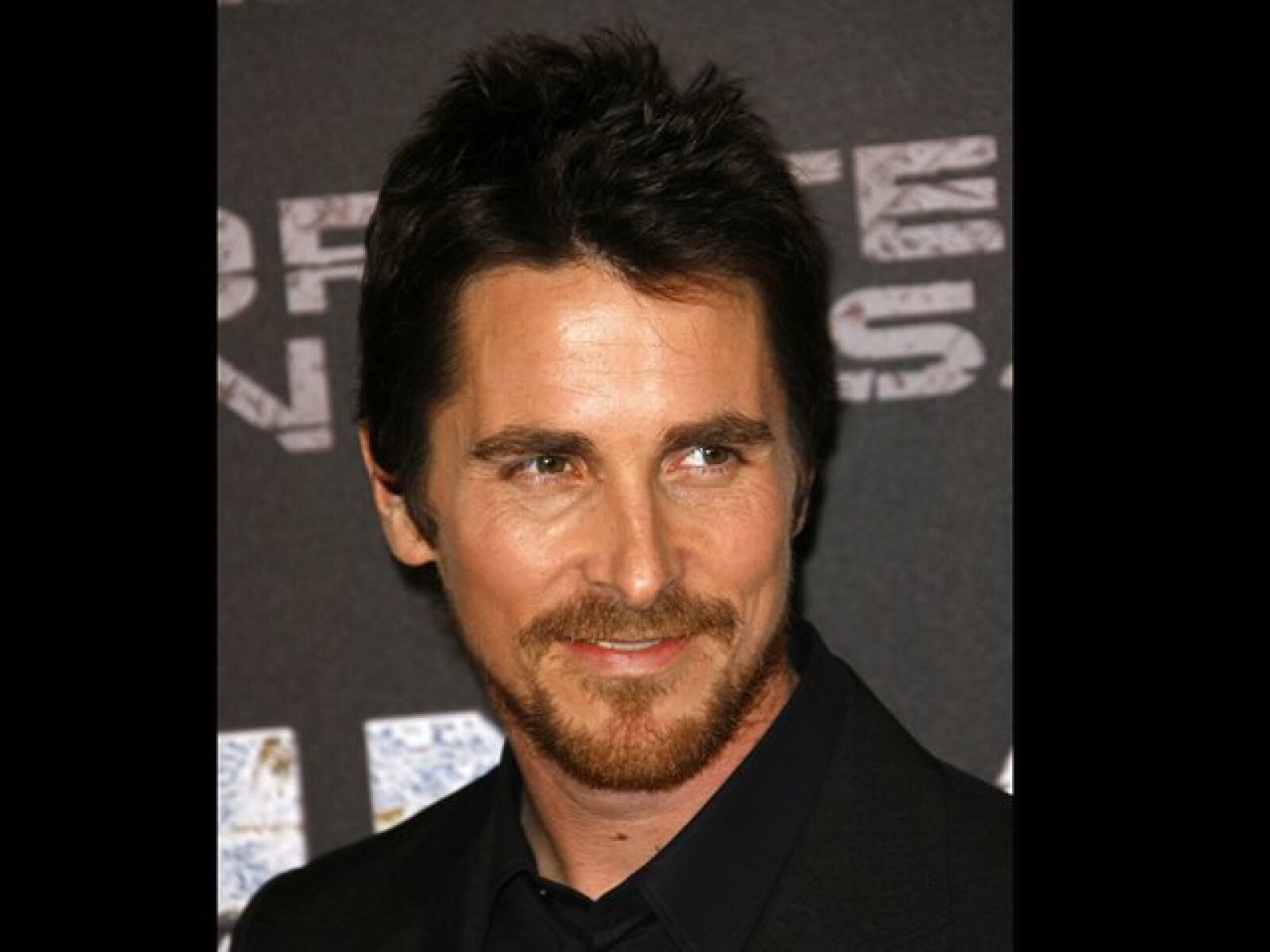 Christian Bale fue acusado de violencia y agresión por su mamá y su hermana.