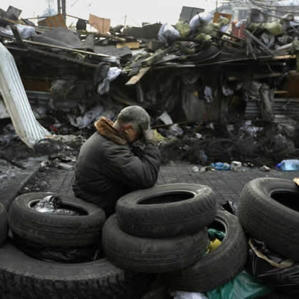 El Departamento de Salud de Kiev dijo que los muertos suman 67 desde el martes, con 39 fallecidos en los combates del jueves.