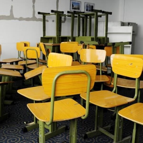 Alumnos escuelas school clases padres bancas
