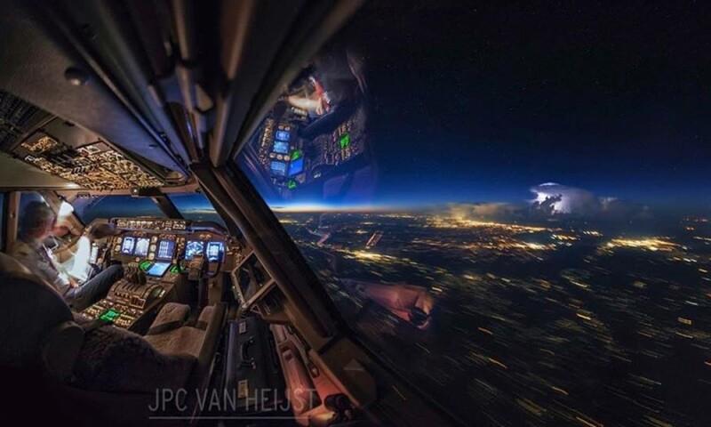 El piloto que comparte increíbles fotos desde la cabina de un avión