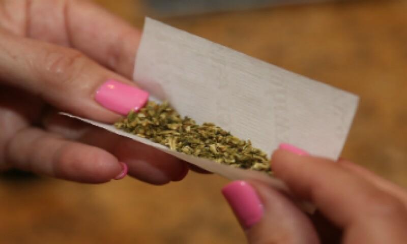 La aplicación está disponible únicamente en los estados que han legalizado la droga. (Foto: Getty Images)