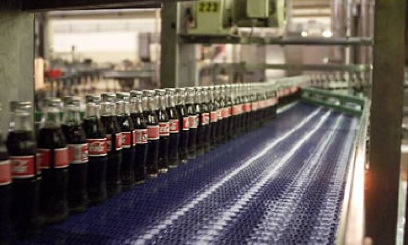 Con la transacción Coca-Cola Femsa asumirá 1,009 millones de pesos en deuda neta de Grupo Yoli.  (Foto: AP)