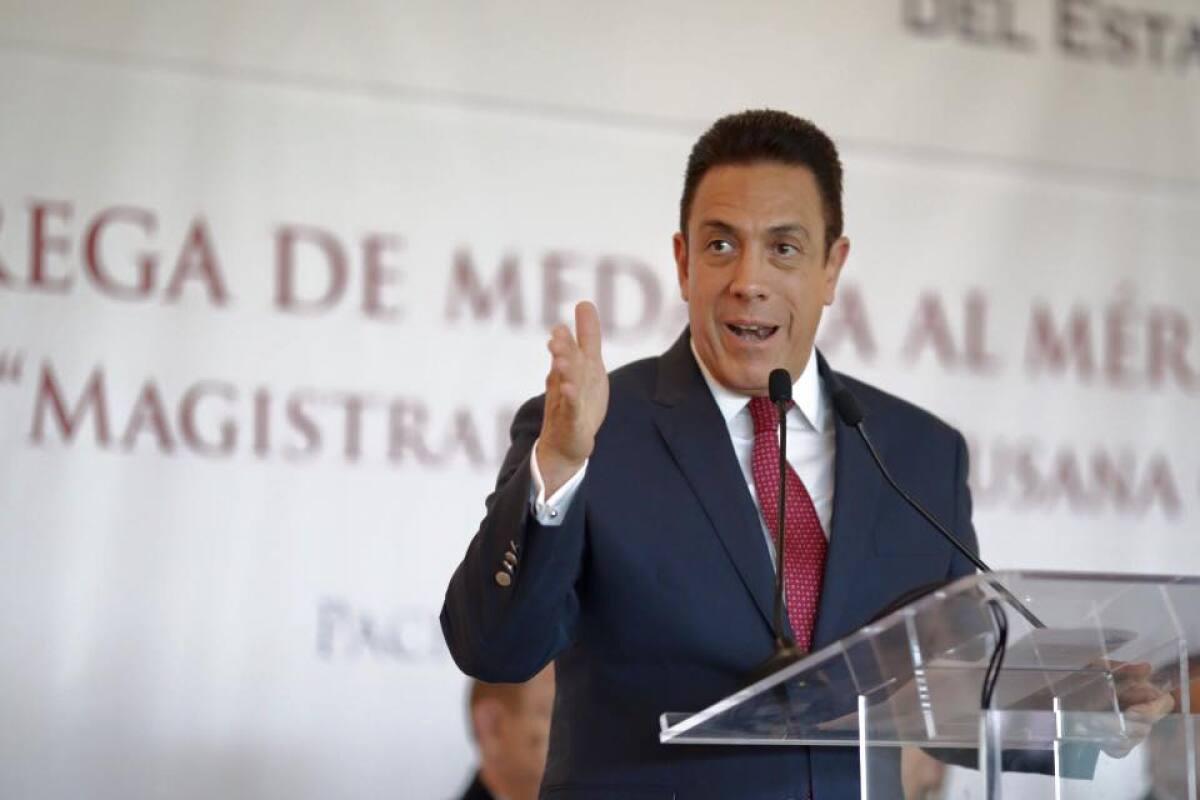 El gobernador de Hidalgo, Omar Fayad, está enfermo de coronavirus