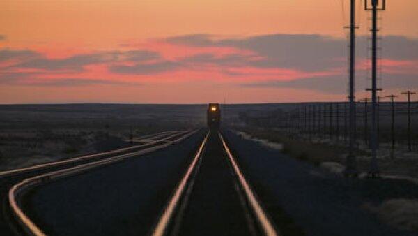 Las empresas de ferrocarriles dicen que la figura de permisionario traerá alza en tarifas. (Foto: Getty Images)