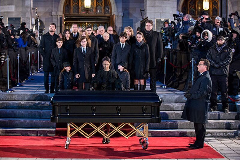 Celine durante el funeral de su esposo René Angélil.