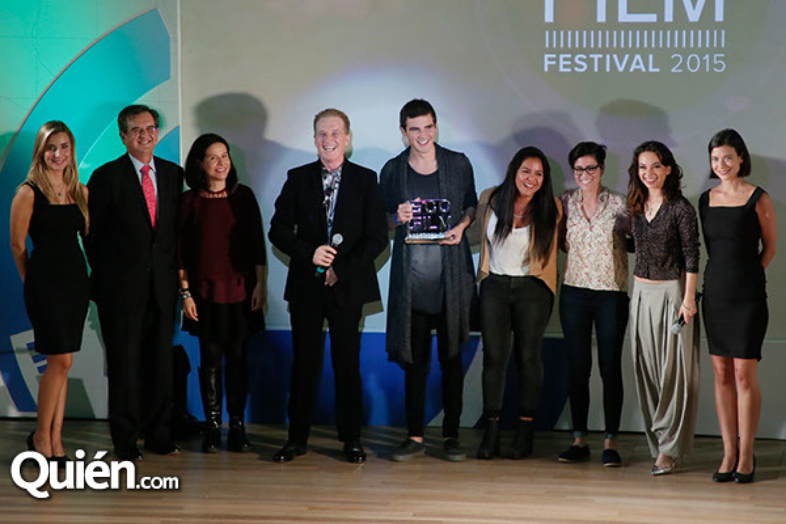 Rodolfo Lacy,Arcelia Ramírez,Emmanuel Acha,Héctor Garza,Jimena Chowell,Sofía Auza y Liliana Flores