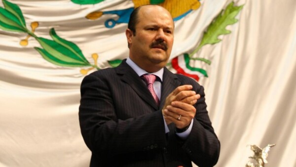 MÉXICO, D.F., 07ENERO2010.- César Horacio Duarte Jáquez, se perfila como candidato a la gobernatura de Chihuahua para las próximas elecciones a realizarse este año. FOTO: GUILLERMO PEREA/ARCHIVO/CUARTOSCURO.COM