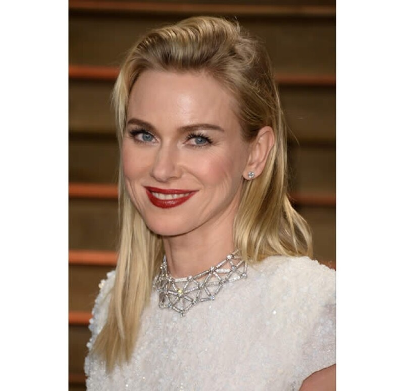 Naomi Watts: impecable.
