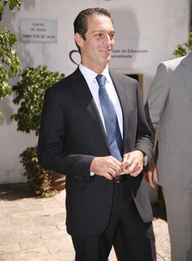 El primogénito del hombre más rico del mundo tiene 43 años y dejará la soltería este 9 de octubre.