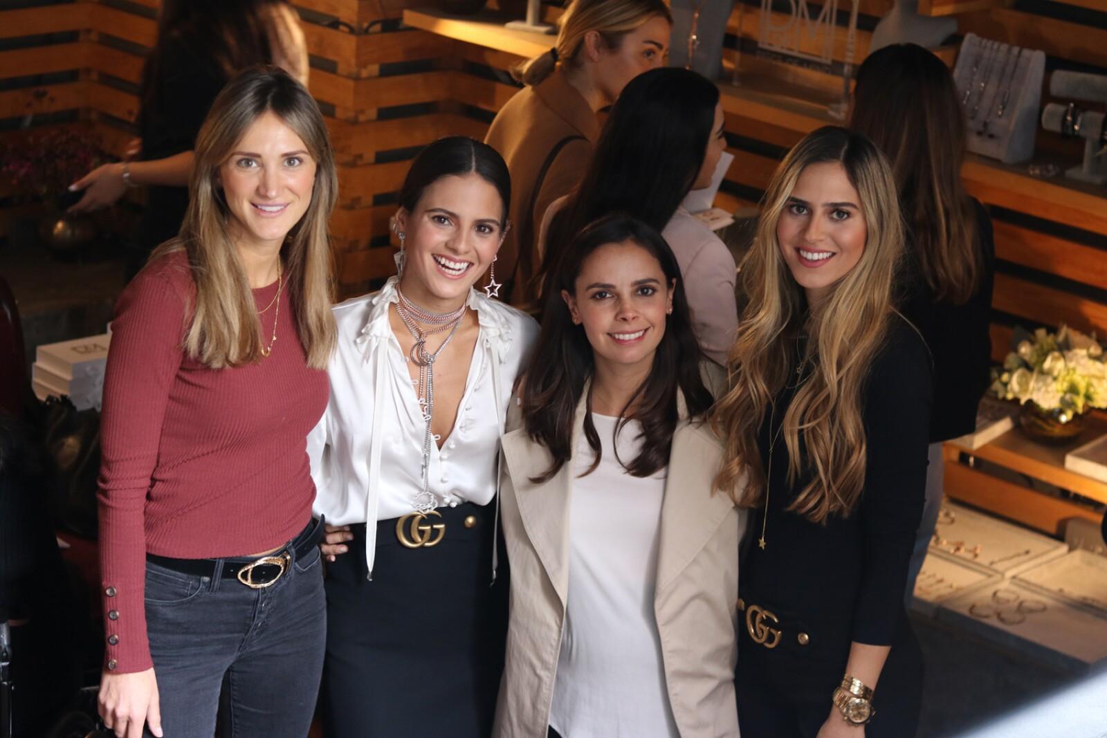 Jen Yrys, Paula Simon, Ana Patricia Peralta y Maria Mercedes Simon.JPG