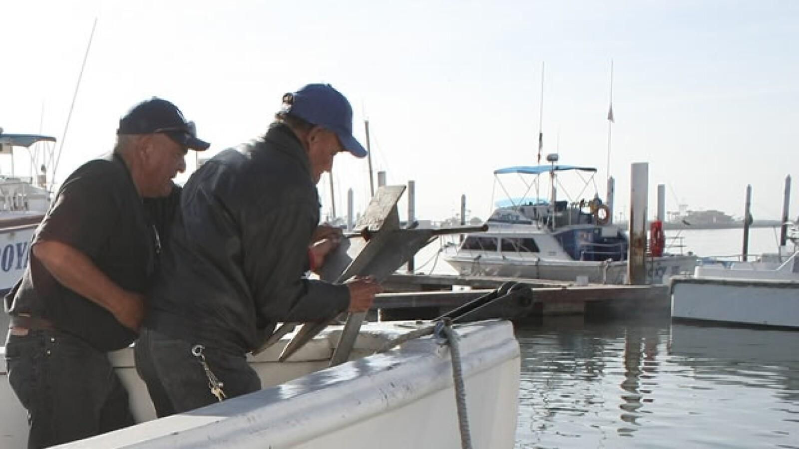 Dueños de embarcaciones en Ensenada toman precauciones ante alerta de tsunami