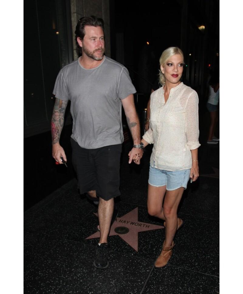 Vivid Entertainment, la misma empresa que hizo famosos los videos de Kim Kardashian y Pamela Anderson está en búsqueda de comprar el video que Spelling hizo con su esposo Dean McDermott.