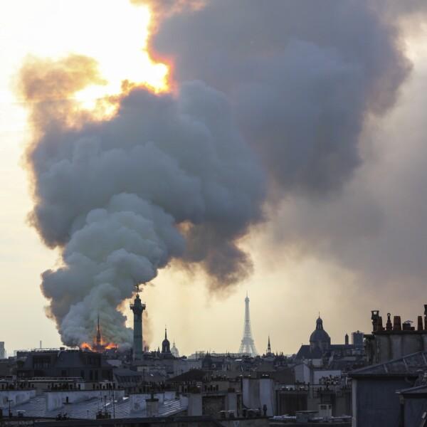Incendio Notre Dame-13
