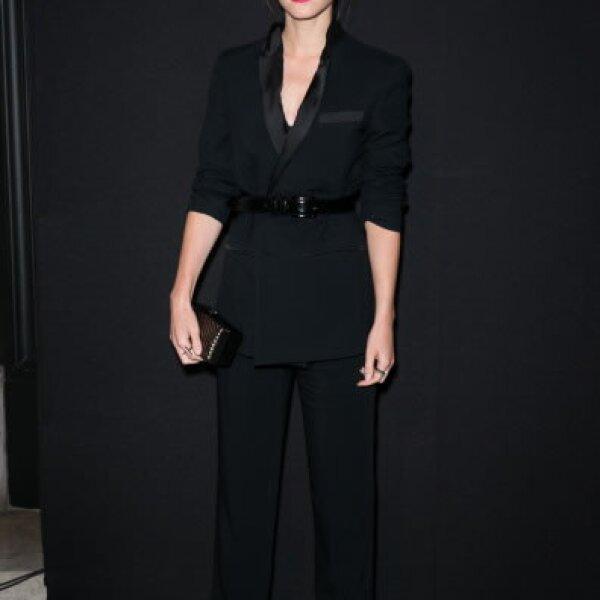 La actriz usó un outfit Givenchy diseñado por Riccardo Tisci para acudir a la Vogue Foundation Gala en Paris.