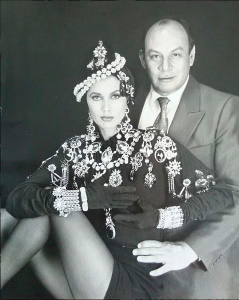 Glenda Reyna junto a Gerardo Rebollo.