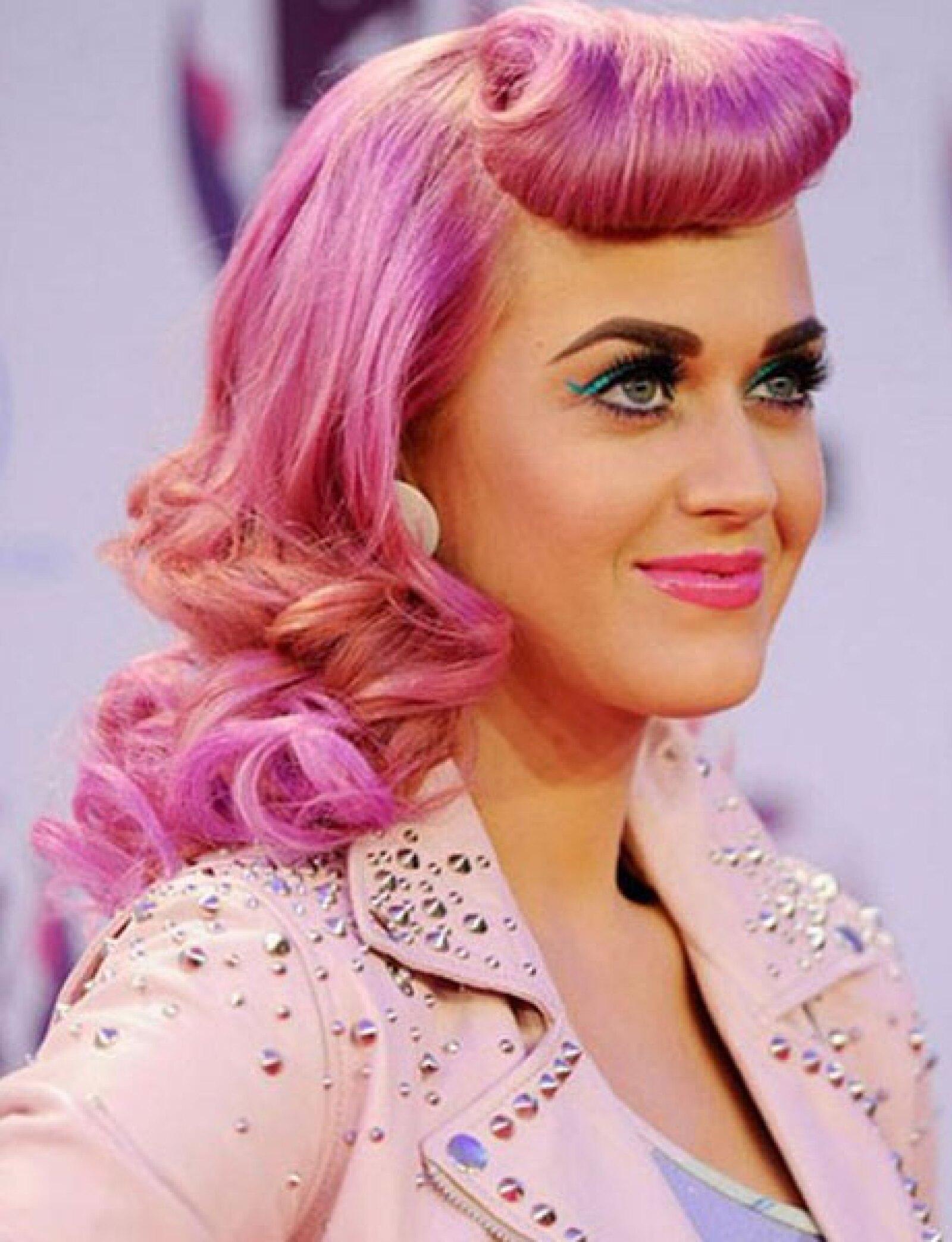 Banging peinados que rejuvenecen a los 50 Imagen de ideas de color de pelo - Se imponen los peinados de los años 50