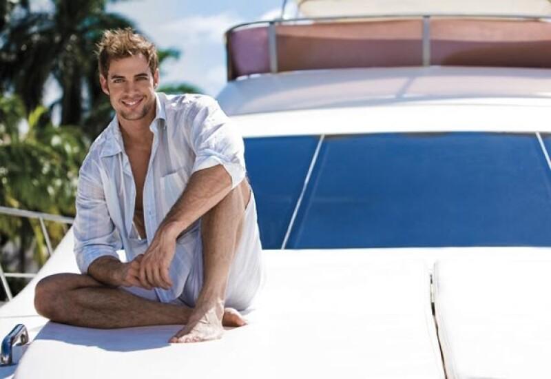 """Finalmente el actor cubano complacerá a sus fans con una sesión de fotos """"para chicas"""", mismo que se verán en el primer calendario de el protagonista del Triunfo del Amor."""
