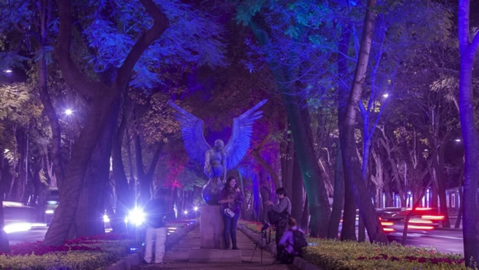 Reforma brilla con nueva iluminación