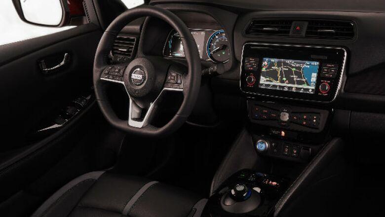 Nissan Leaf 2018 (c)