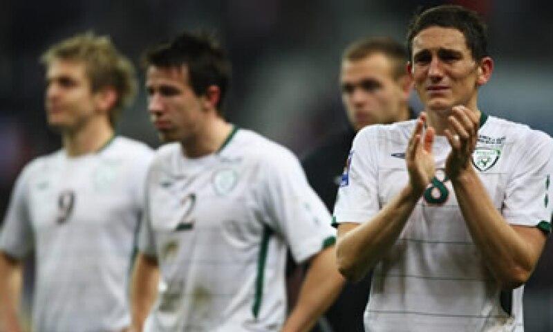La selección de Irlanda perdió su pasé a Sudáfrica 2010 ante Francia. (Foto: Getty Images )