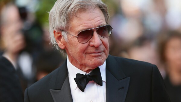 El actor fue visto conduciendo por las calles de Los Ángeles este fin de semana después de resultar herido al realizar un aterrizaje de emergencia a principios de mes.