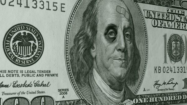 Tipo de cambio. Dólar golpeado