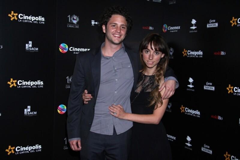 Christopher y Natalia iniciaron su romance este año. Él asegura ser muy feliz con ella.