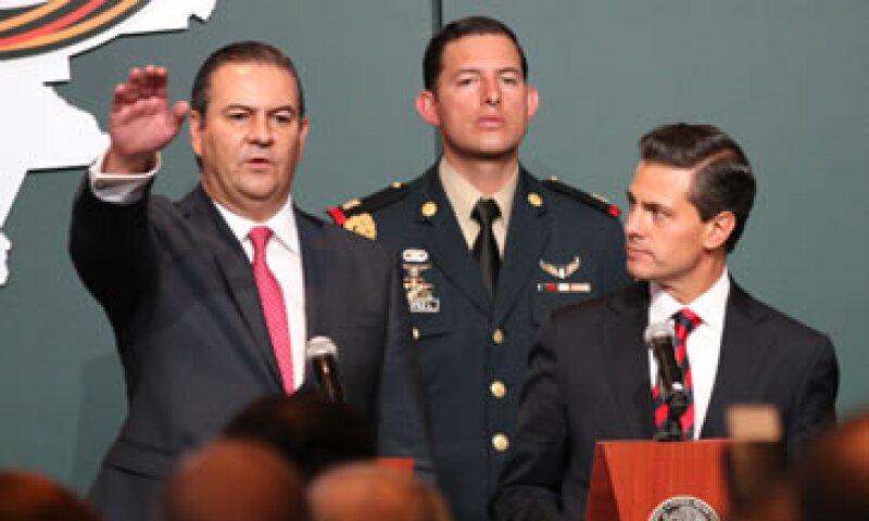 Peña Nieto tomó protesta a Gerardo Gutiérrez Candiani como presidente del CCE. (Foto: Notimex)