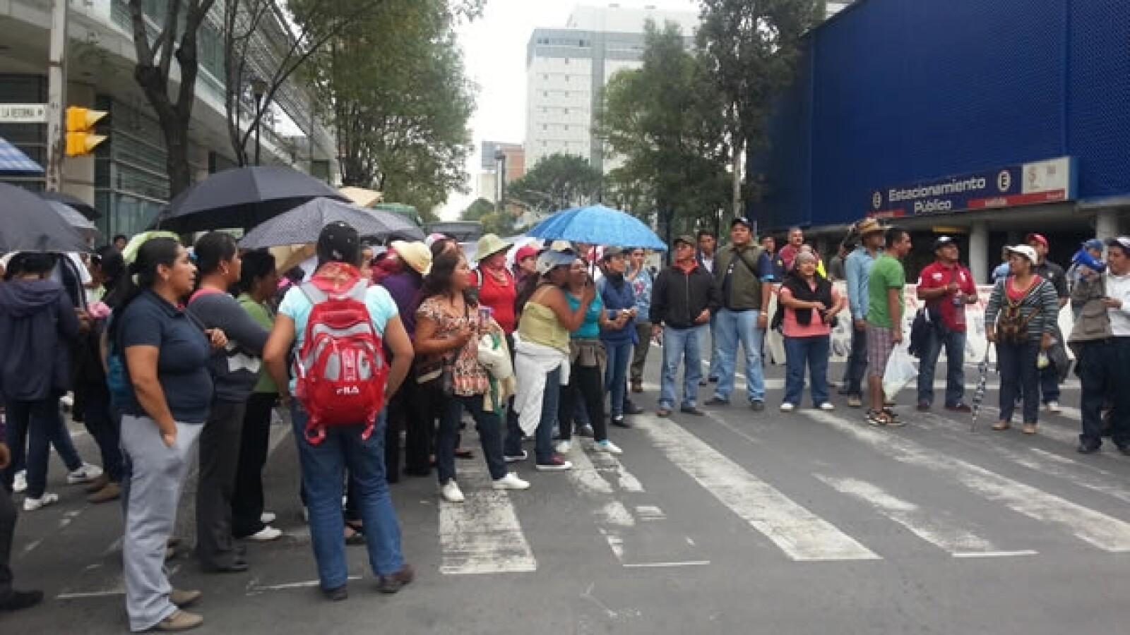 La CNTE bloquea Reforma