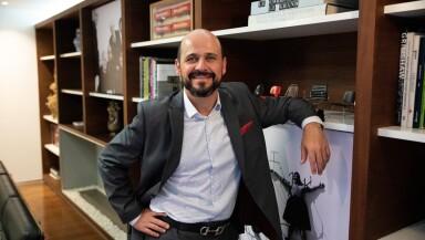 Mario Espinosa, Herman Milller