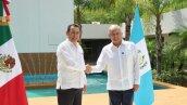 López Obrador habla con el presidente de Guatemala sobre migración