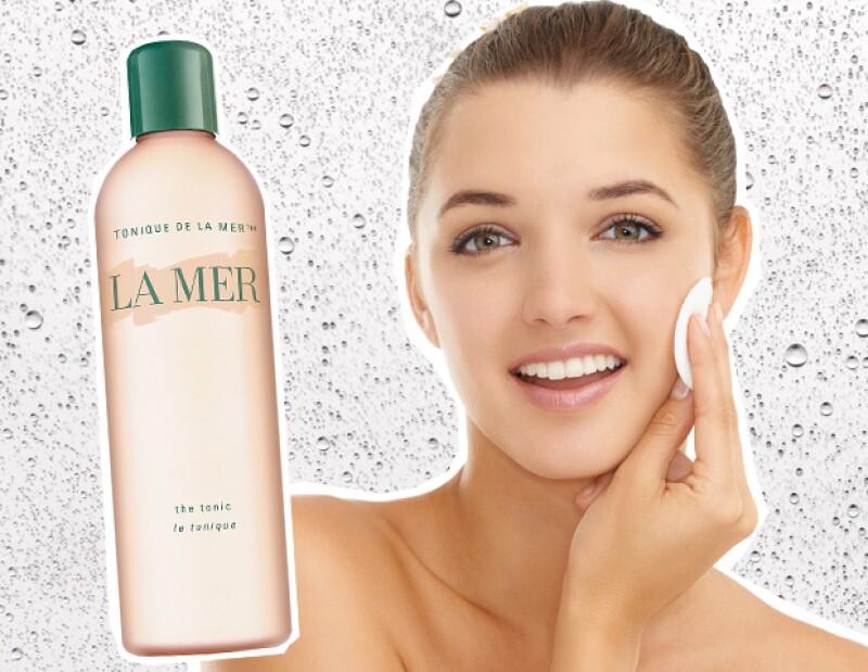 Termina tu rutina de limpieza con un tónico para restaruar los niveles de pH en la piel.