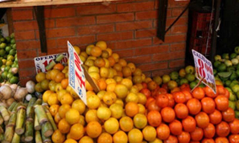 Los precios de la naranja bajaron 26.59%. (Foto: Cuartoscuro )