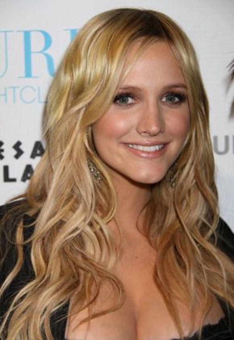 En la serie, la actriz interpretará a una chica de pueblo con una `astuta gatita sexy´por dentro.