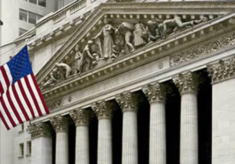 Las acciones de los sectores defensivos represantaron ganancias para los índices Dow Jones y S&P 500. (Foto: Photos to Go)