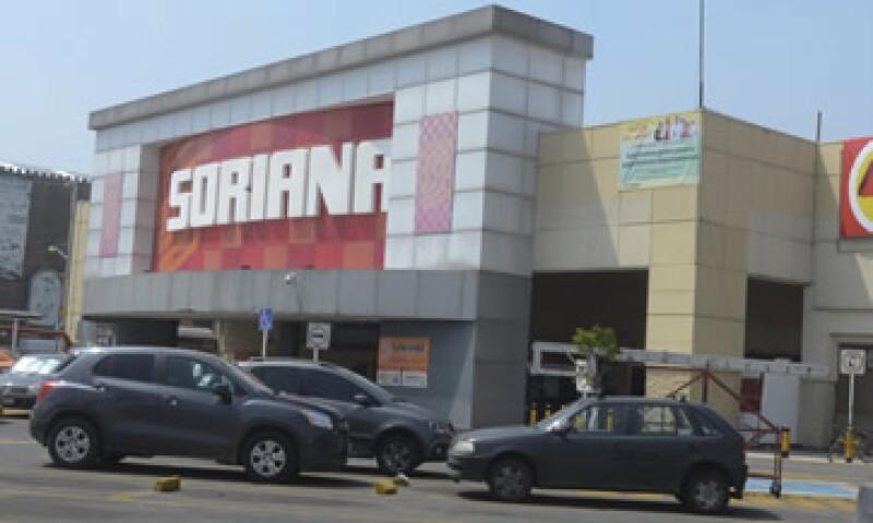 Soriana aumentaría hasta en 33% su número de tiendas si compra las 200 unidades de La Cómer. (Foto: Cuartoscuro )