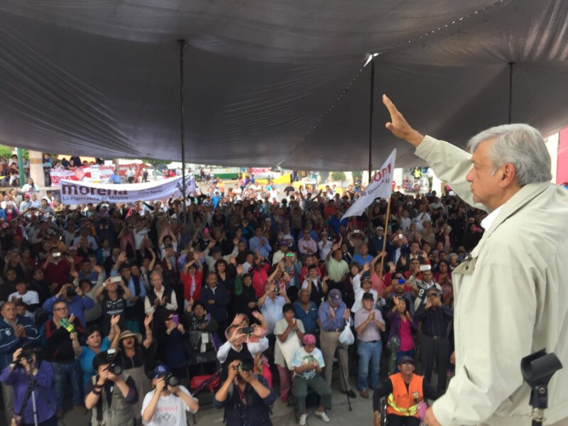 Andrés Manuel López Obrador de promoción para elegir a quienes integrarán la Asamblea Constituyente que redactará la Carta Magna local.