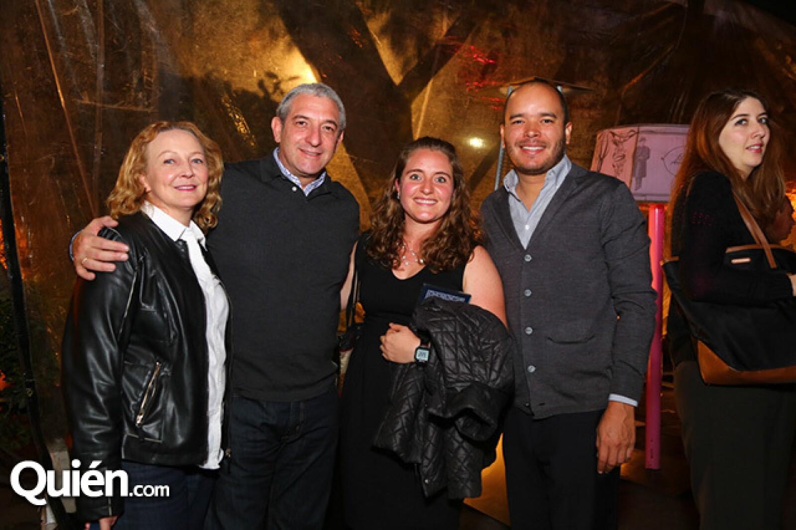 Ruth y Alberto Przedecki,María Fernanda Mijangos y Fernando Viloria