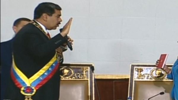 Maduro-jura-como-presidente-reelecto-AFP