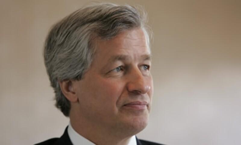 El BCE necesita prometer que dará liquidez indefinida a países como Italia o España, opinó Jamie Dimon. (Foto: AP)