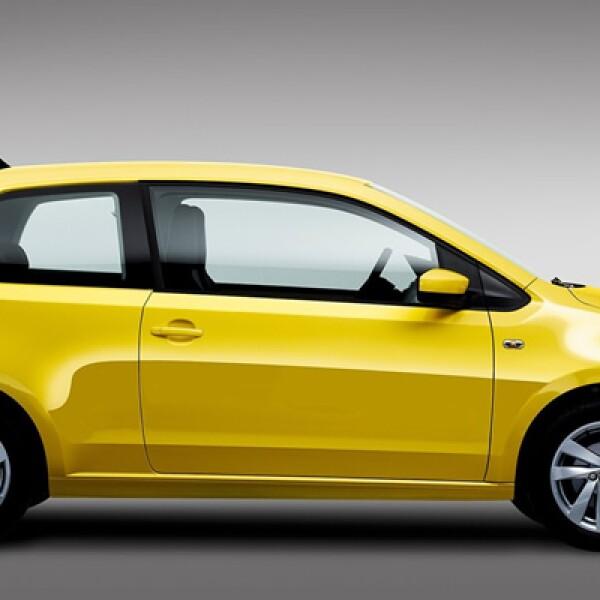 Este vehículo tiene  un diseño moderno, opciones para personalizar el interior, un motor de buen rendimiento y tecnología de última generación.
