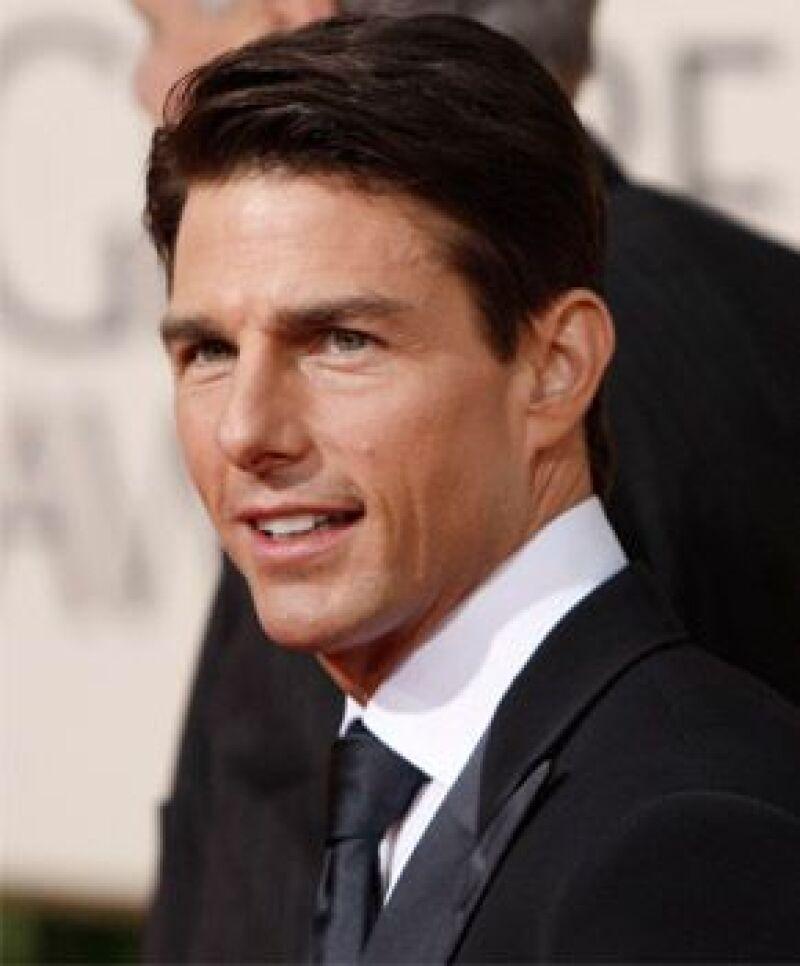 La TV alemana proyectará filmes del mismo tema de la película de Tom Cruise, a la cual rechaza.