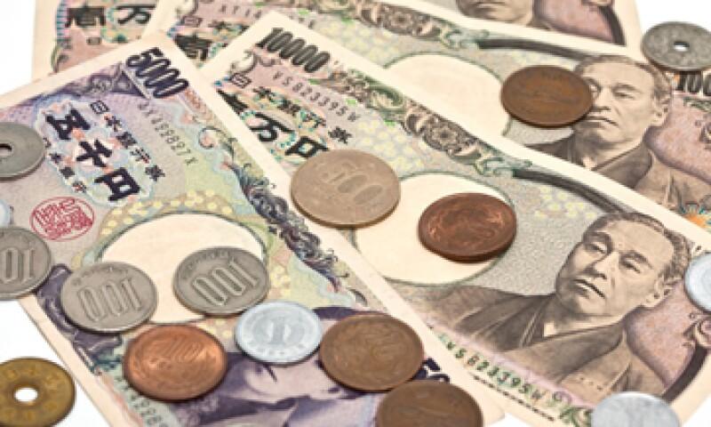 El Banco de Japón prometió inyectar cerca de 1.4 billones de dólares a la economía en un periodo de casi dos años. (Foto: Getty Images)