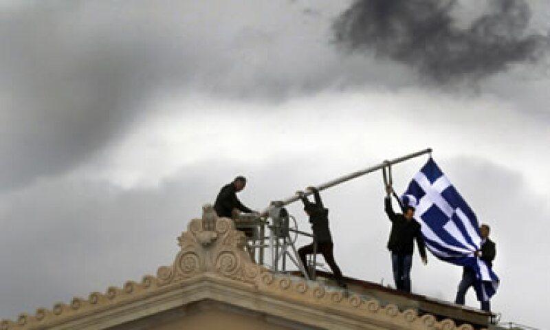 El rumbo hacia otras elecciones ha causado estragos en los mercados financieros, tanto en Grecia como el resto de Europa. (Foto: Reuters)