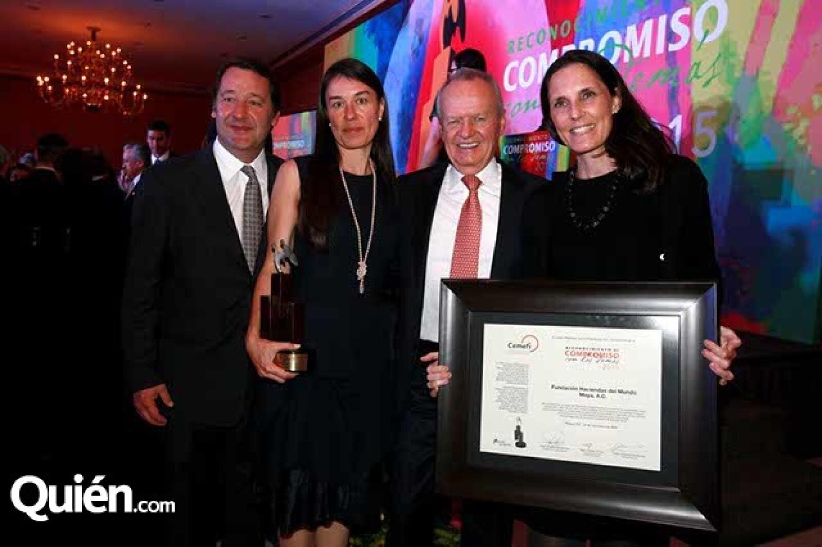 Luis Bosons,Marilú y Roberto Hernández y María Carola Díez
