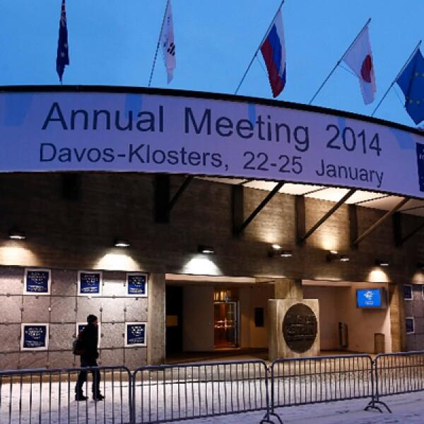 La gala previo al WEF reunió a líderes políticos, empresarios y celebridades en Davos, Suiza.