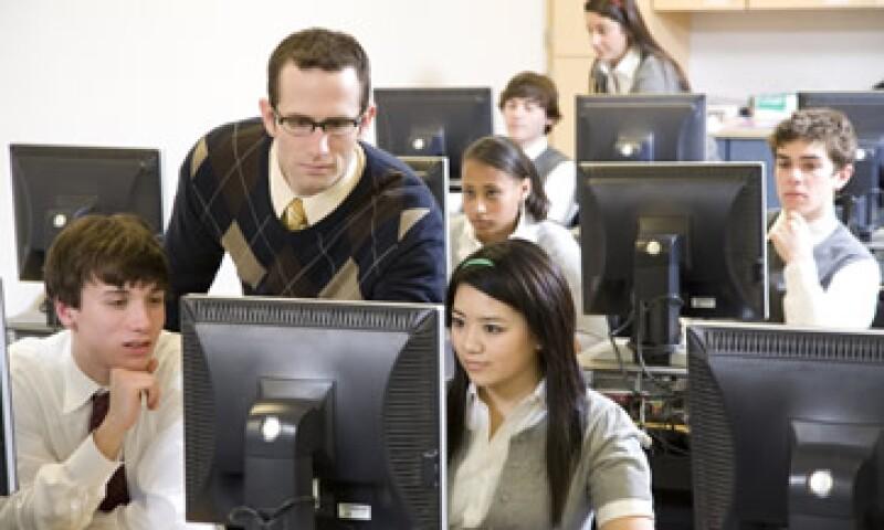Las aplicaciones empresariales tus empleados los datos que necesitan para hacer su trabajo de forma fácil. (Foto: Thinkstock)