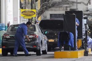 El nuevo sistema plantea que según el modelo del automóvil, corresponderá un tipo de revisión de contaminantes.