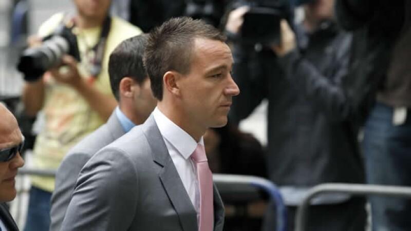 John Terry a su llegada a la corte
