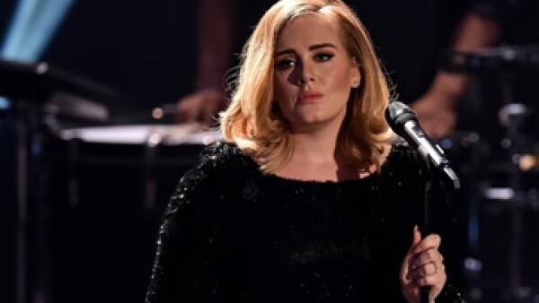 El sencillo de Adele ya forma parte de los 18 que han alcanzado 1,000 millones de visitas en Youtube. (Foto: Getty Images)